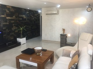 LUXURY APARTMENT IN THE HEART OF CASABLANCA