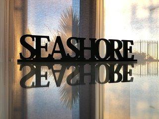 Seashore, Spinnakers