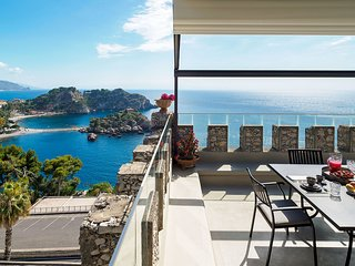 Taormina Apartment Sleeps 3 with Air Con and WiFi - 5247329