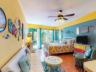 Studio features shared pool, sundeck, & beach access - walk to the pier!