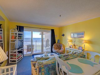Topsail Dunes 3401 Oceanfront! | Community Pool, Tennis Courts, Grill Area, Elev