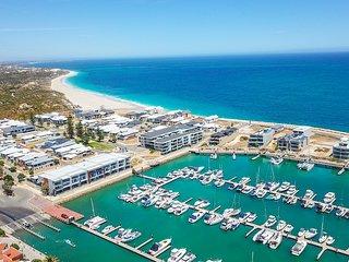 Vivid Blu:  Luxury Waterfront Promenade Retreat