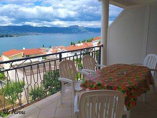 Villa Narona-One Bedroom Apartment with Balcony and Sea View