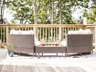 Stay in The Heart of Cape Cod at The Breeze on Minister's Pond