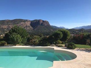 Santa Paola chambre d'hôte de charme piscine vue montagne proche Ajaccio