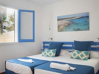 N3 Luminoso apartamento en la playa de una habitacion