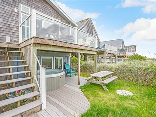 NEW: Beach Dreams South, right on Moclips Beach