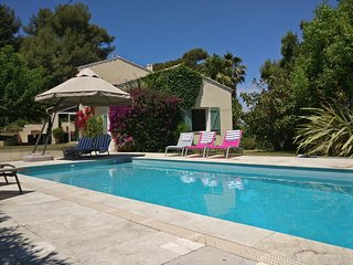 Charming villa on La Cride with private heated pool, close to the sea