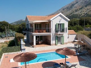 Villa Andreas nearby Agia Efimia, Privacy, Private Pool, Peaceful quiet location