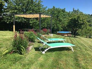 Maison La Roche Gite with Private Pool in L'isle Jourdain, 86150