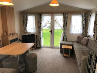 Static Caravan at Cosgrove Central Beach Holiday Park - Leysdown-On-Sea, Kent