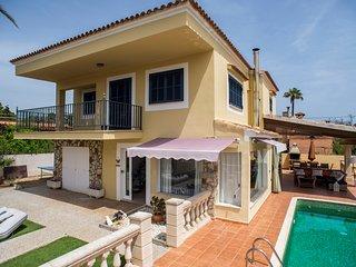 Casa Atun en Mondrago, piscina privada ,wifi , cerca de la playa