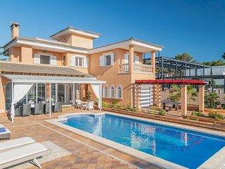 Villa Bruno, piscina privada, wifi, vida de verano