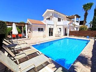 Villa Aphrodita, 4 bed, Coral bay