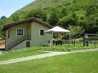 Casa El Campo Mateo, en Peruyes, Cangas de Onis