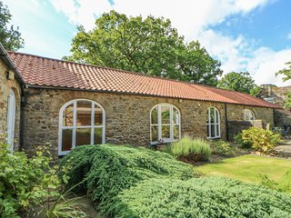 WEAR VIEW COTTAGE, detached, stone-built cottage, woodburner, walks from the