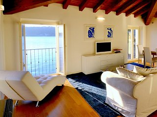 Salo Villa Sleeps 5 with Air Con - 5229450