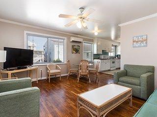 Family-friendly beach condo w/ furnished balcony - close to the boardwalk!