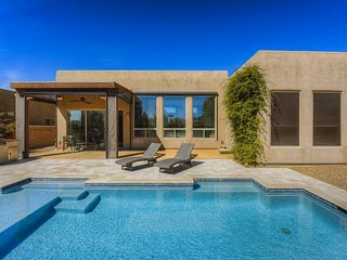 Beautiful, contemporary home w/ gorgeous views, a private pool, & gas grill