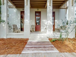 Elegant home in heart of town w/ deck, patio & shared pools - 2 blocks to beach!