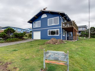 Ocean view home steps from the beach w/ private hot tub & game room - dogs OK!