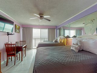 Cozy waterfront condo w/ a private balcony & shared pool - steps to the water!