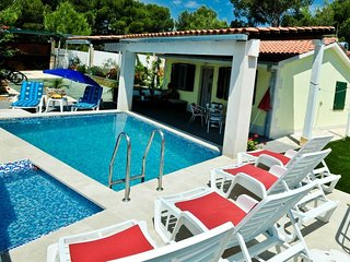 Villa Charming - Four Bedroom Villa with Private Pool and Terrace (ST)