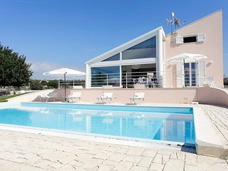3 bedroom Villa with Pool, Air Con and WiFi - 5806963