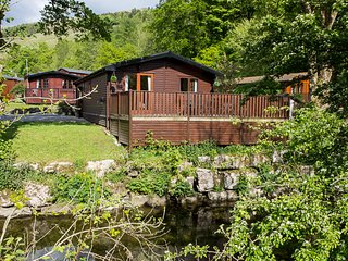 Jinnyspinner Lodge, Limefitt Holiday Park