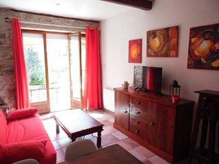 Joli appartement au pied de la cite de Carcassonne