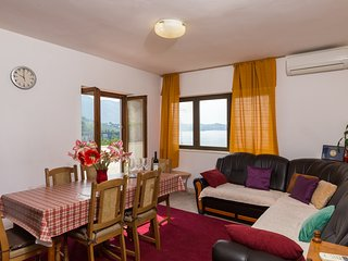Apartments Kisic-Three Bedroom Apartment with Sea View