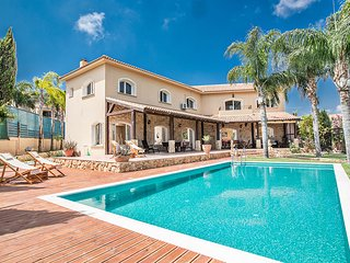 Protaras Holiday Villa VS271, Private 5 Bedroom Villa with Pool
