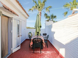 Stunning home in Gran Alacant-Sant.Pola w/ Outdoor swimming pool, WiFi and 2 Bed
