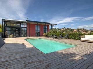 Superbe Villa Contemporaine avec Piscine privée
