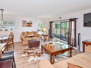 Spacious and Newly Renovated 2 Bedroom Condo in the Heart of Victoria