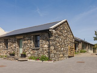Surby Croft Holiday Cottage - 5 Star Luxury Self Catering sleeps 6