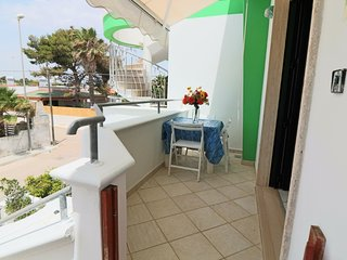 Ettore holiday home with sea view in Torre San Giovanni in Salento