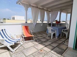 Attico Pitagora holiday home with sea view in Torre San Giovanni in Salento
