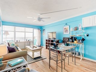 Newly renovated oceanfront condo w/ balcony, great views & beach access!