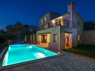 Lovely Villa San Bartolo, in Istria, with a Pool