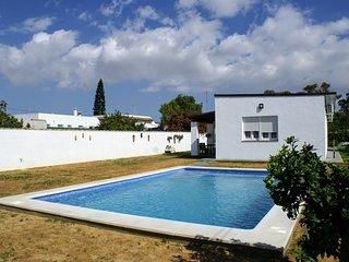 Chalet con piscina para 6 personas