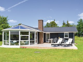 Stunning home in Hals w/ Sauna, WiFi and 2 Bedrooms
