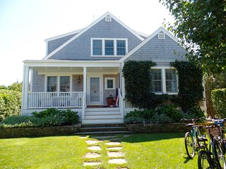 14 East Lincoln Avenue, Nantucket, MA