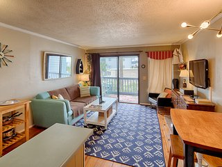 Oceanfront condo w/ shared pool & tennis - steps from the beach!