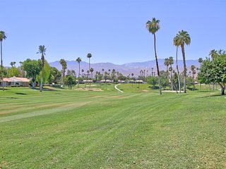 LEO29 - Rancho Las Palmas Country Club - 2 BDRM, 2 BA