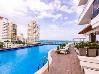 Gorgeous luxury apartment with a beautiful bay view!