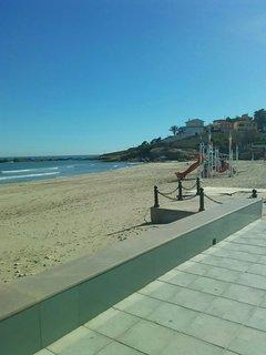 Playa Morro de Gos hacia el Faro