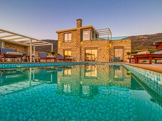 Brand new Villa Kore with indoor jacuzzi, sea&sunset view, heated pool