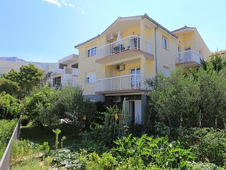 One bedroom apartment Podstrana (Split) (A-16663-a)