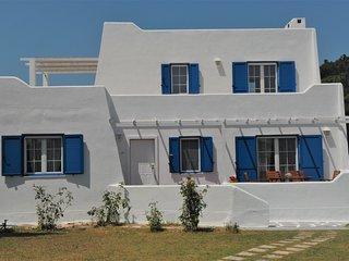 Mykonian Style Villa near Chalkidiki